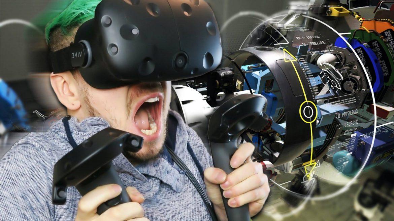 Smallux VR Cafe Sanal Gerçeklik